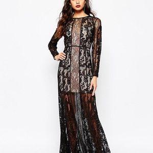 Lace dress, never worn, size small